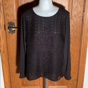 Lace front / button cuff long sleeves